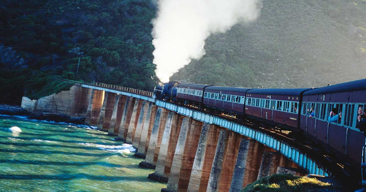 Railways: These Are the Most Extreme and Dangerous Around the World